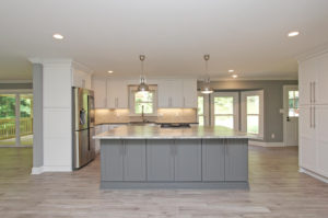 1895 Mack Dobbs Rd Kennesaw GA-large-008-12-Kitchen-1500x994-72dpi